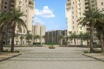 3 Bhk +STUDY & SERVANT (2312 SQ.FT.)